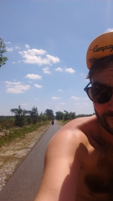 cycling from bordeaux to lacanau
